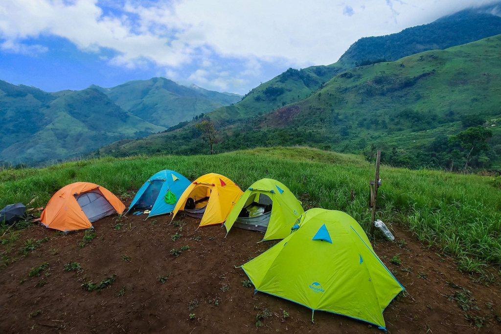 Cho thuê lều cắm trại 4 người