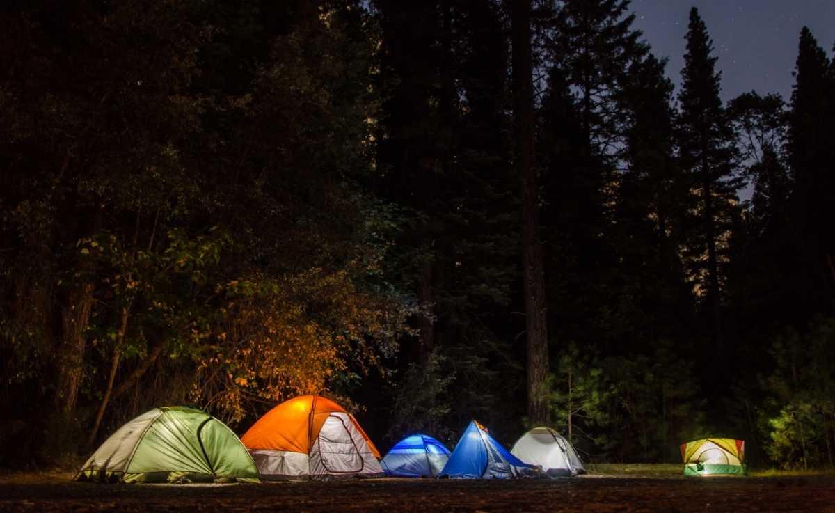 Cho thuê đèn pin cắm trại