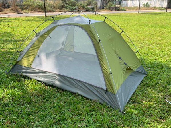 Lều cắm trại dành cho 2 người khi chưa phủ lớp chống nước