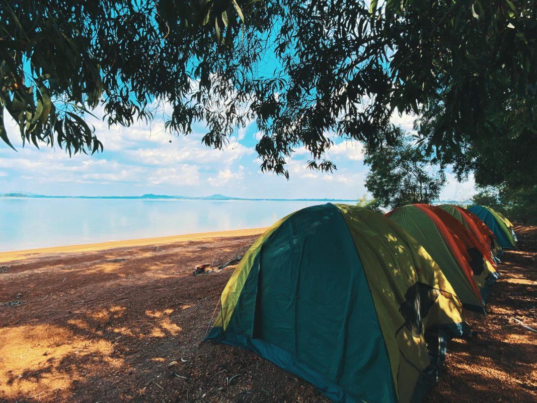 Cắm trại tại hồ Năm Bầu